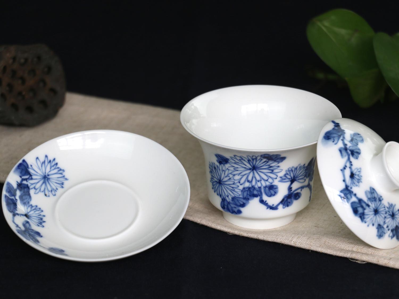 手绘青花盖碗--菊_陶瓷餐具-景德镇金品陶陶瓷有限